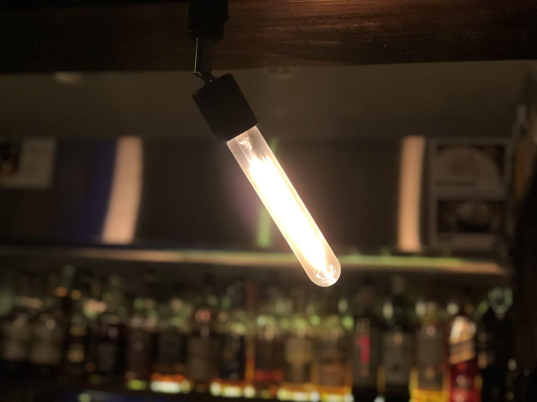 BARの明かりは消さない…